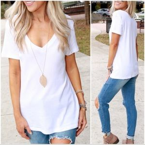✨RESTOCKED✨White V-Neck Tee